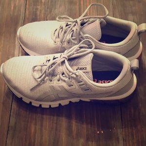ASICS Gel Quantum 90 running shoes size 8